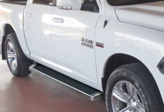 iRunning Board 6 Inch 2009-2018 Dodge Ram 1500 Crew Cab  Polish