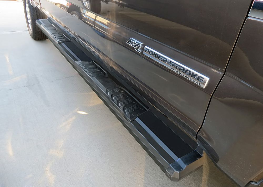 Running Board - S Series Cab Length OE Style