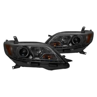 Toyota Sienna 15-19 (SE XE models only) Projector Headlights - Halogen Model Only ( Not Compatible with Xenon/HID Model ) - DRL LED - Low Beam-H7(Included) ; High Beam-H1(Included) ; Signal-7440NA(Included) - Smoke