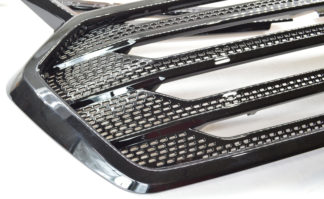 Black Overlay Grille Chevy Traverse